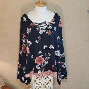 NWOT floral boho,  poet blouse.  Large